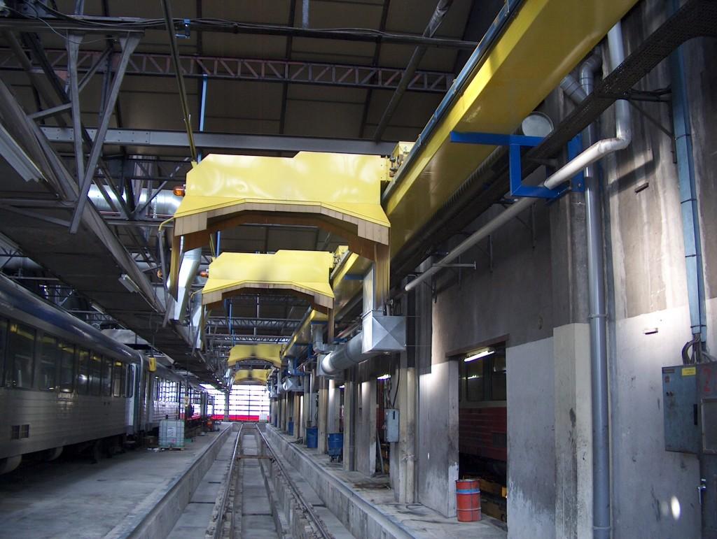 locomotive exhaust fume extraction